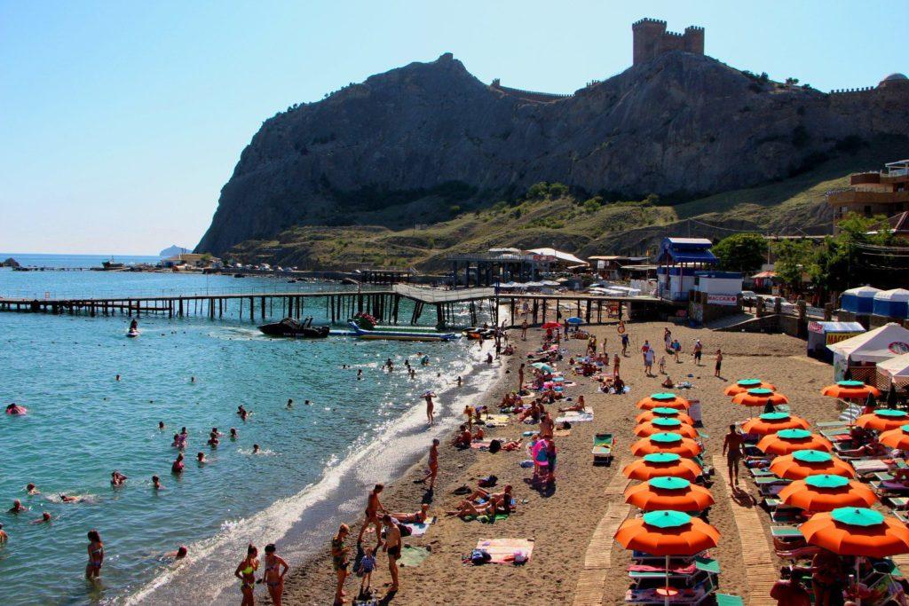 пляж в Судаке Арзы